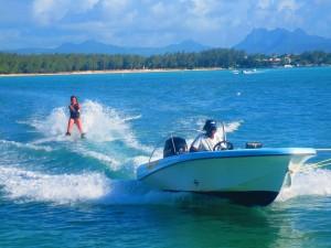 ski-nautique-club-med-maurice